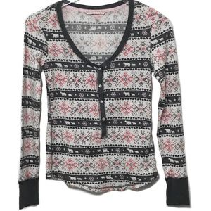 Victorias Secret holiday henley long sleeve top XS